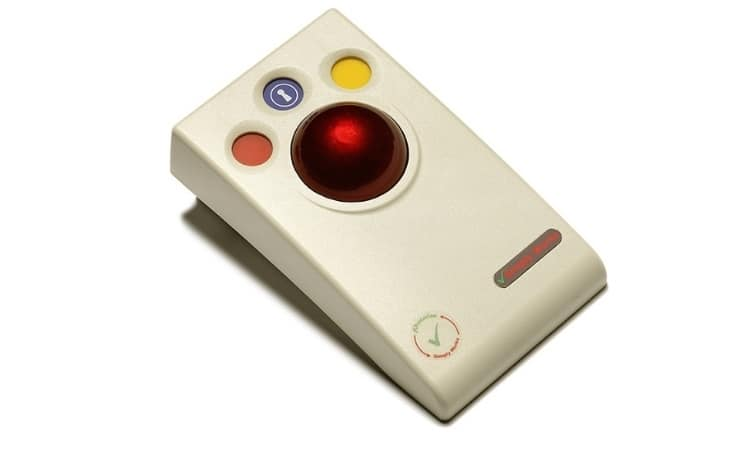 simply works trackball Uses 2.4GHz global, licence-free ISM radio band. State-of-the-art radio link with an interference-free operating range exceeding 10 metre Auto detecting PS2 and USB protocols