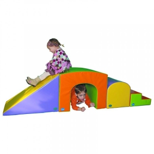 SOFT PLAY SET 16. 4 pieces Dimensions: 255 x 50 x 55cm. designed to enhance the development of psychomotor skills by stimulating movement and play.
